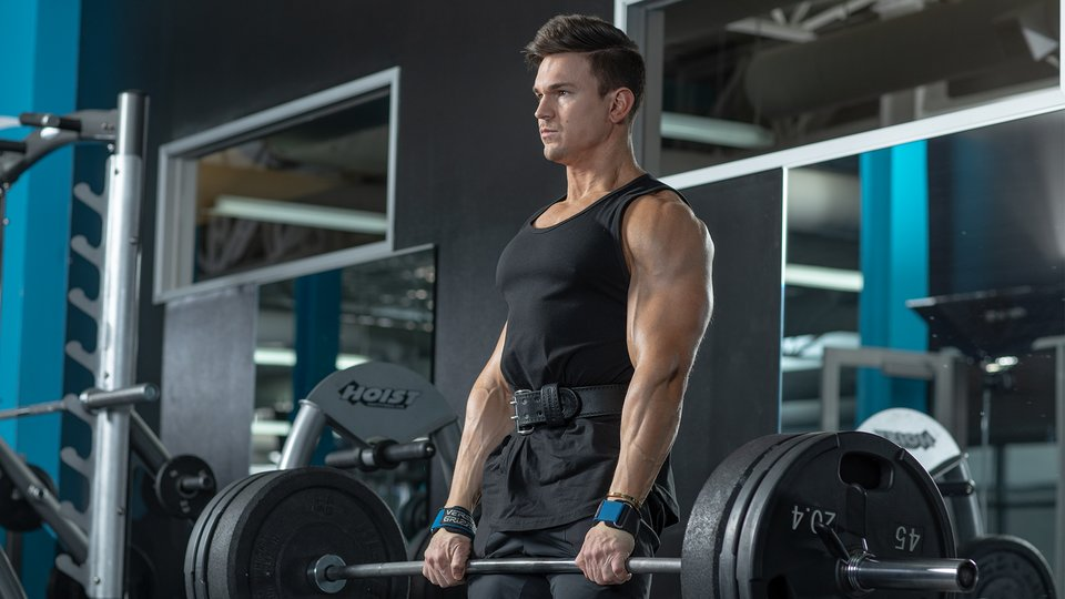 How to Lose Fat While Keeping Your Gains